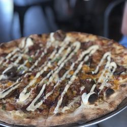 2 Slice Pizza Brewhouse Lakeview