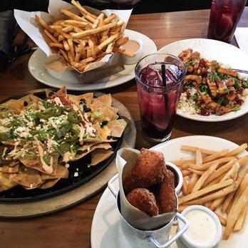 Lazy dog restaurant bar order food online 1727 for Food bar near me
