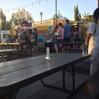 Soho Food Park 75 Photos 35 Reviews Food Trucks 4747 S