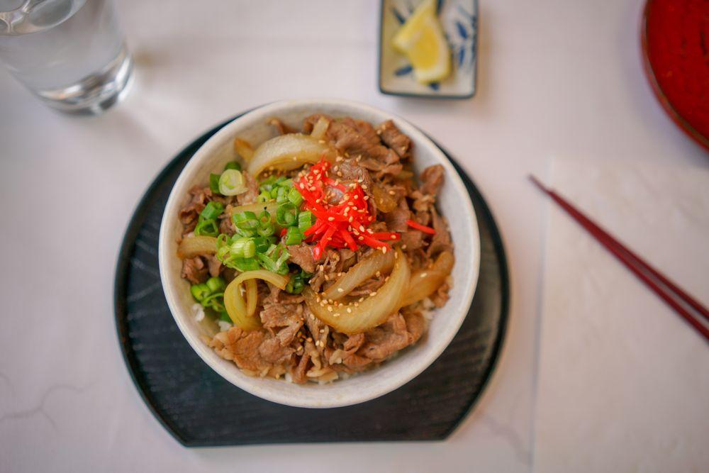 Kyoto Kitchen Japanese Restaurant: 2001 E College Way, Mount Vernon, WA