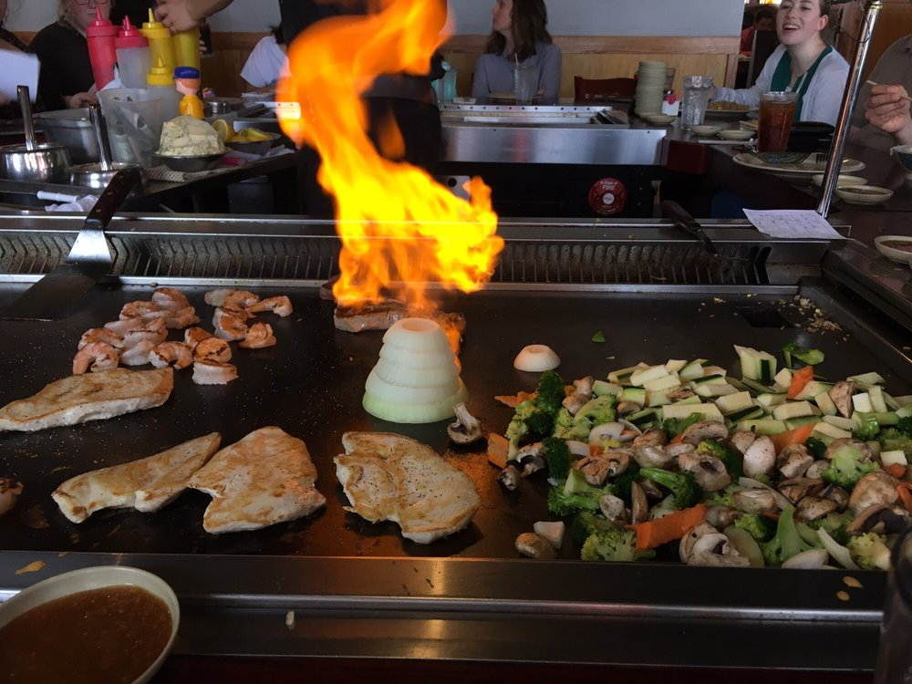 Miyako Sushi & Steakhouse: 2511 Ritchie St, Crescent Springs, KY