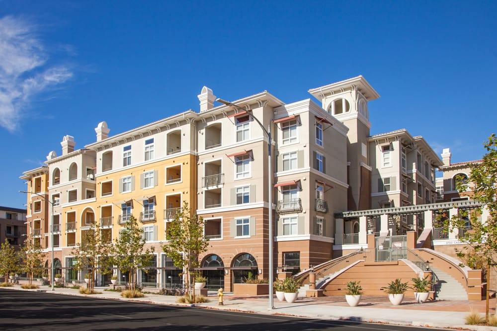 1 2 And 3 Bedroom Apartments At The Verdant Apartments In San Jose Ca Yelp