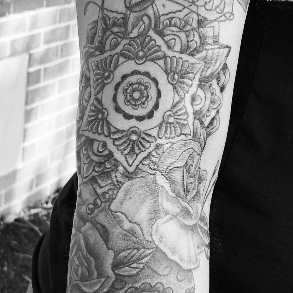 Lighthouse Tattoo & Body Piercing Studio: 37550 Lighthouse Rd, Fenwick Island, DE