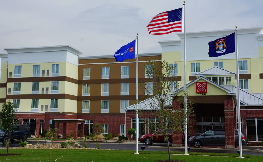 Hilton Garden Inn Benton Harbor / St. Joseph: 1300 Cinema Way, Benton Harbor, MI