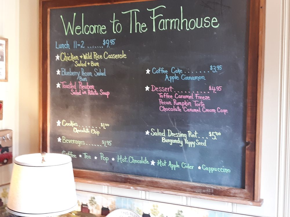 The Farmhouse Eatery & Gifts: 219 N Kingston St, Caledonia, MN