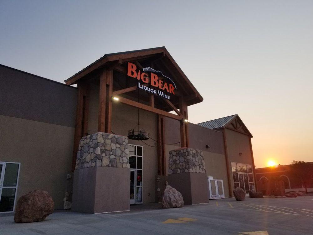 Photo of Big Bear Wine & Liquor: Pueblo, CO