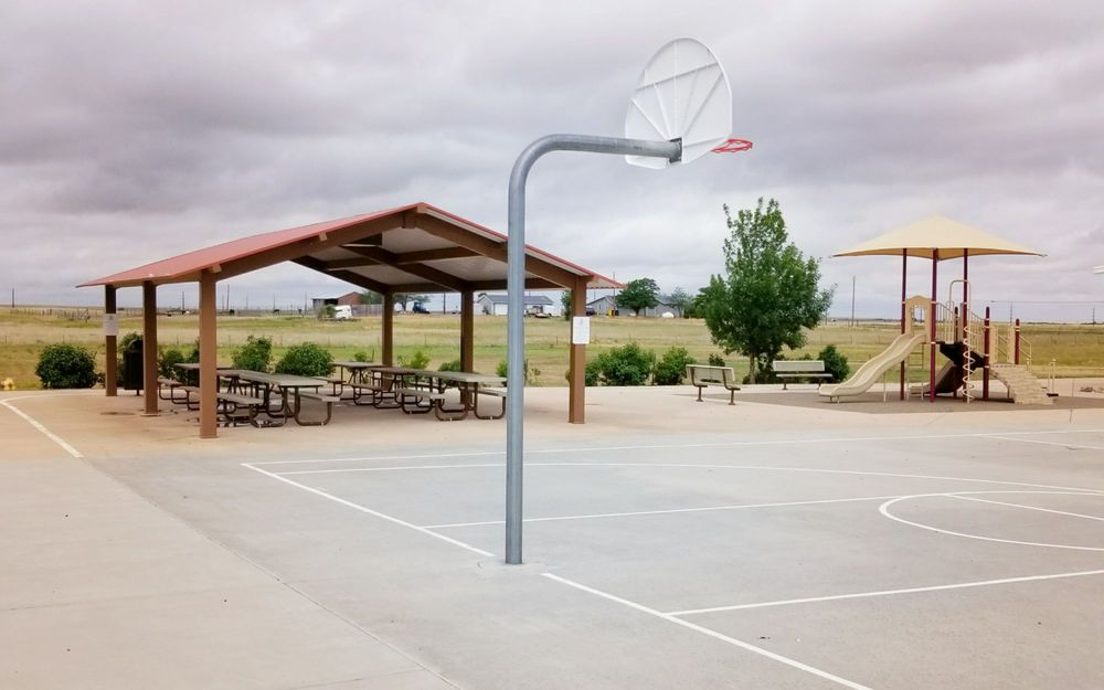 Bennett Community Center: 1100 W Colfax Ave, Bennett, CO