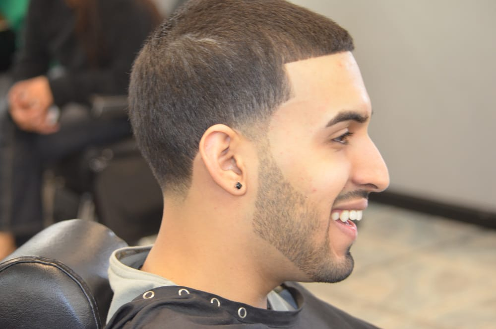 Vip Barber Shop 12 Photos 19 Reviews Barbers 6512 Sw 39th St