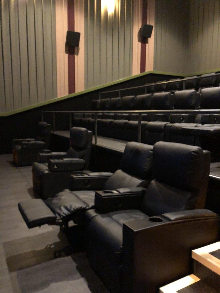 Ayrsley Grand Cinemas 14