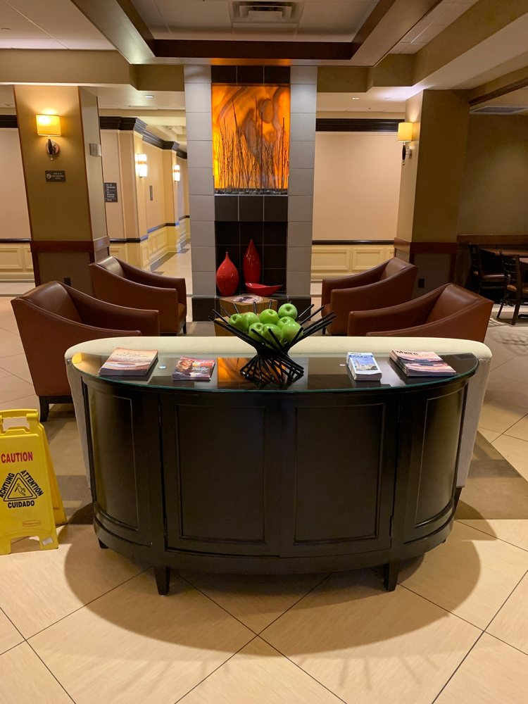 Hyatt Place Sterling Dulles Airport North: 21481 Ridgetop Cir, Sterling, VA