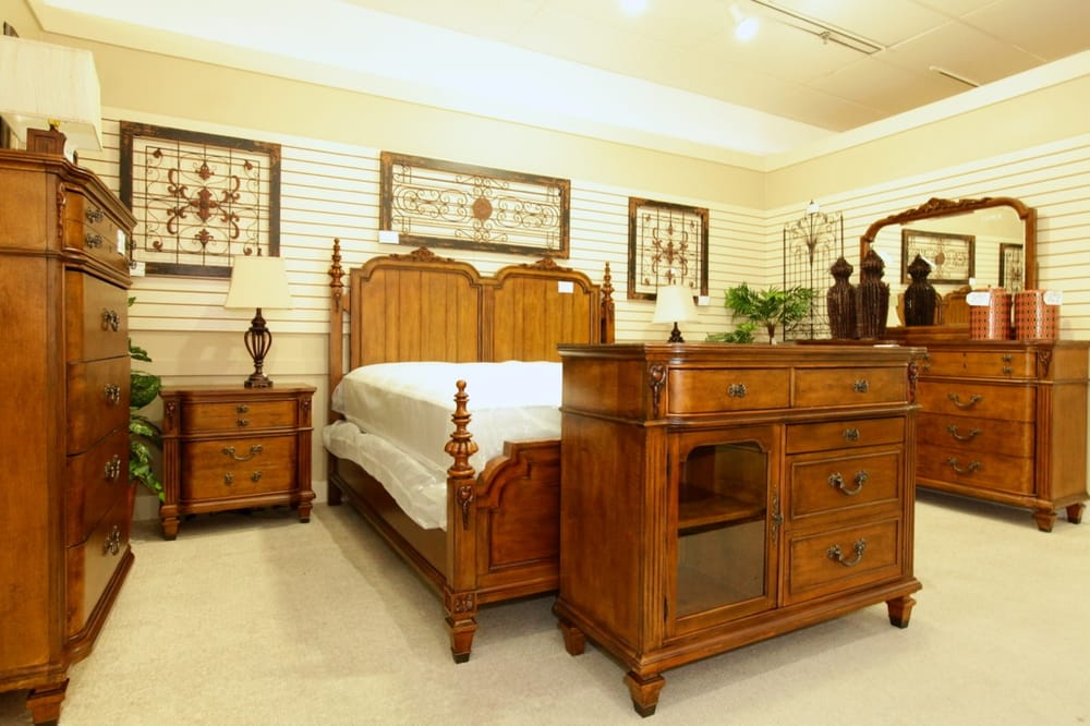 colleen s classic consignment 33 photos 24 reviews furniture stores 1540 s rainbow blvd. Black Bedroom Furniture Sets. Home Design Ideas