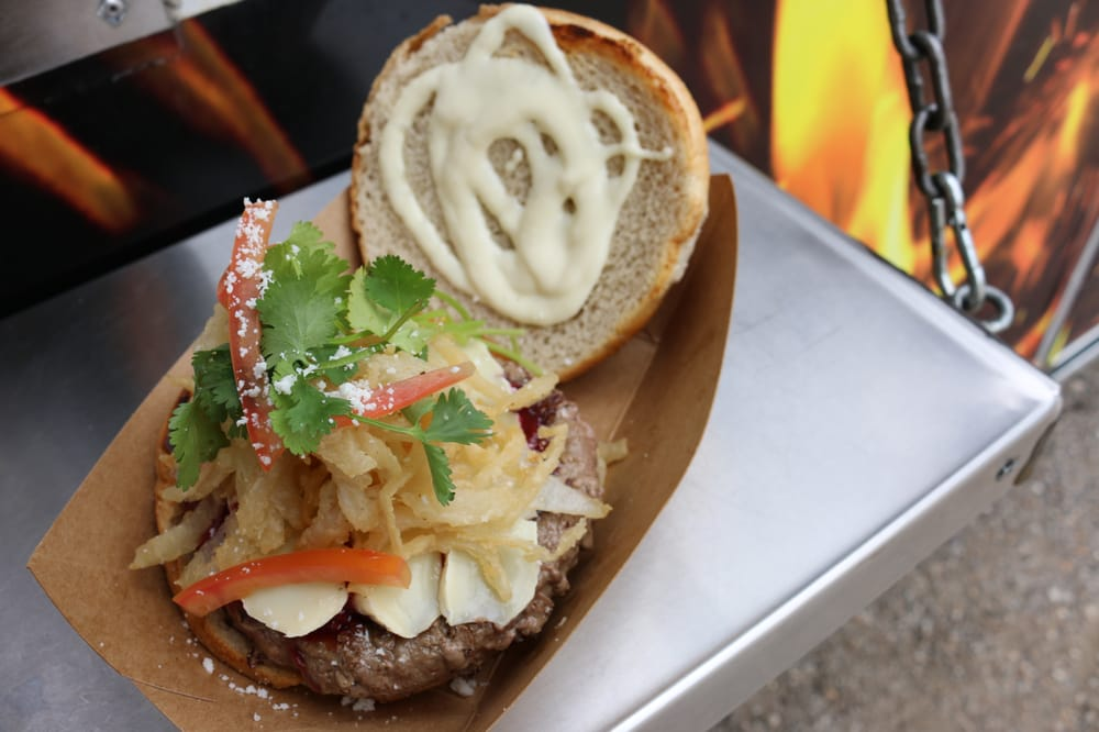 Reigns Food Truck Houston Tx