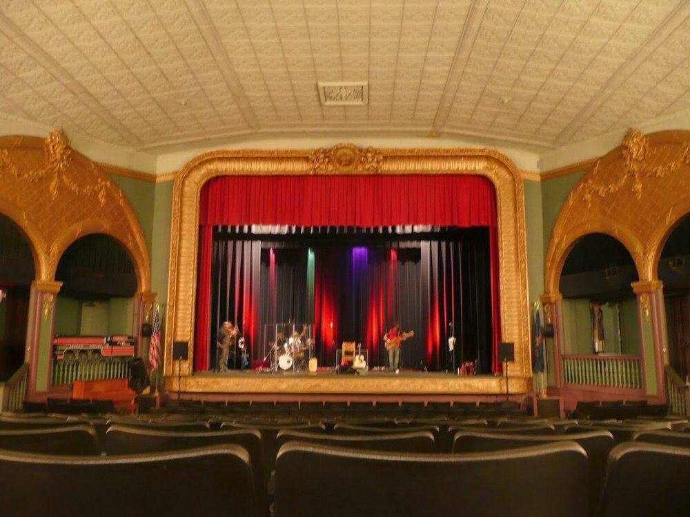Sayre Theatre: 205 S Elmer Ave, Sayre, PA