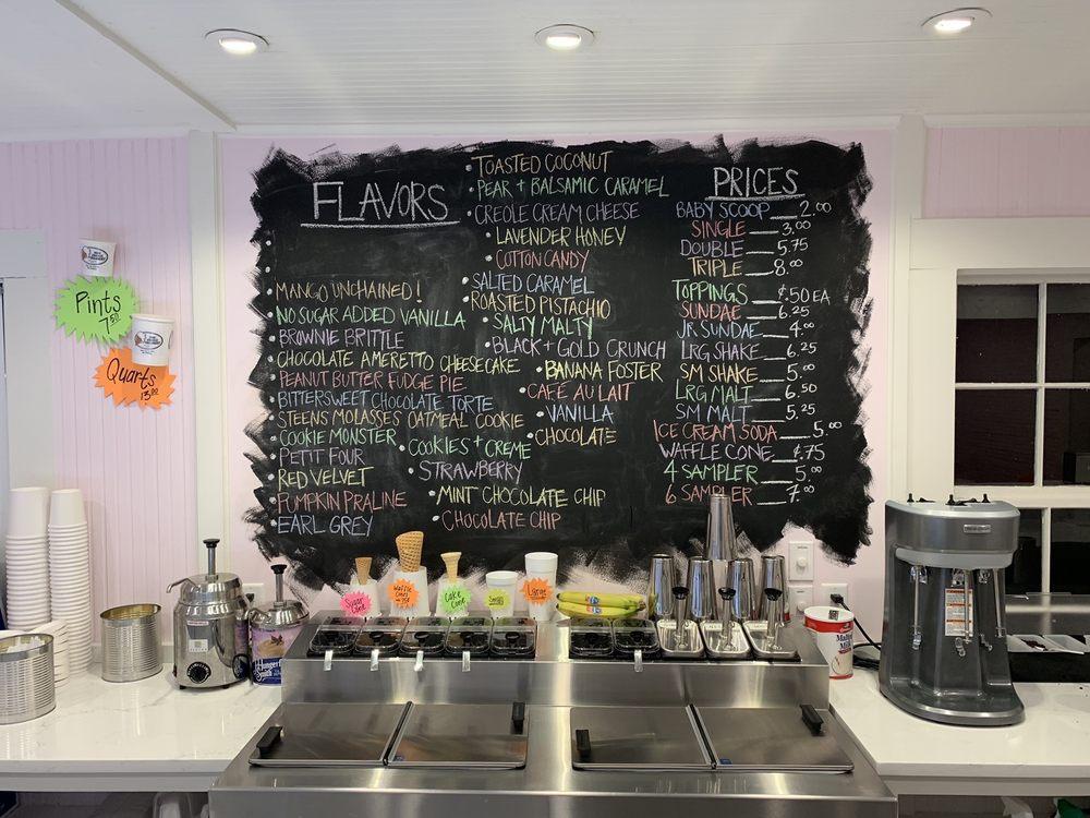 Creole Creamery: 209 Main St, Bay Saint Louis, MS