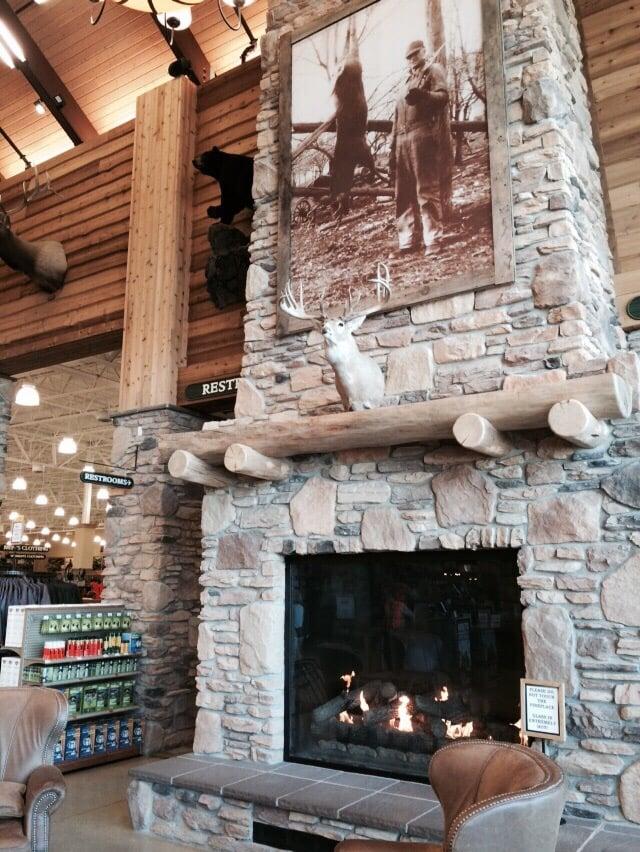 Huge entrance fireplace - Yelp