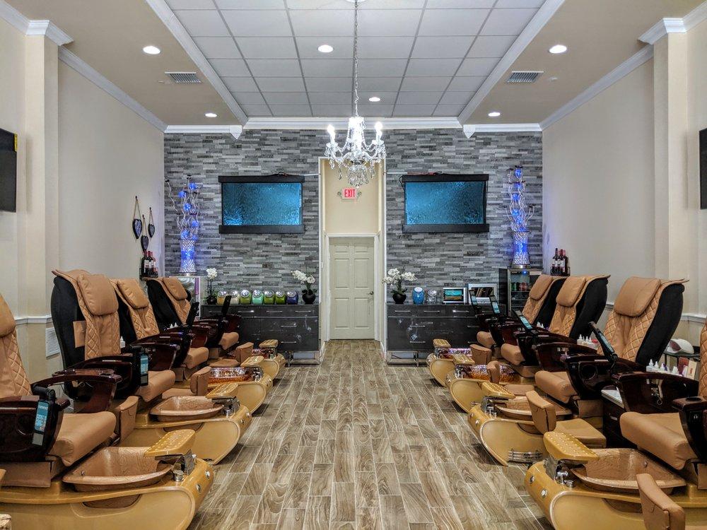 Nini Nails and Spa: 7780 Lake Underhill Rd, Orlando, FL