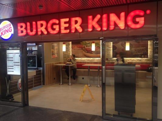 Restaurants Italian Near Me: Burger King - Wieden - Vienna, Wien, Austria