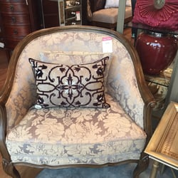 Bombay Company Furniture Stores 6075 Mavis Road East Credit