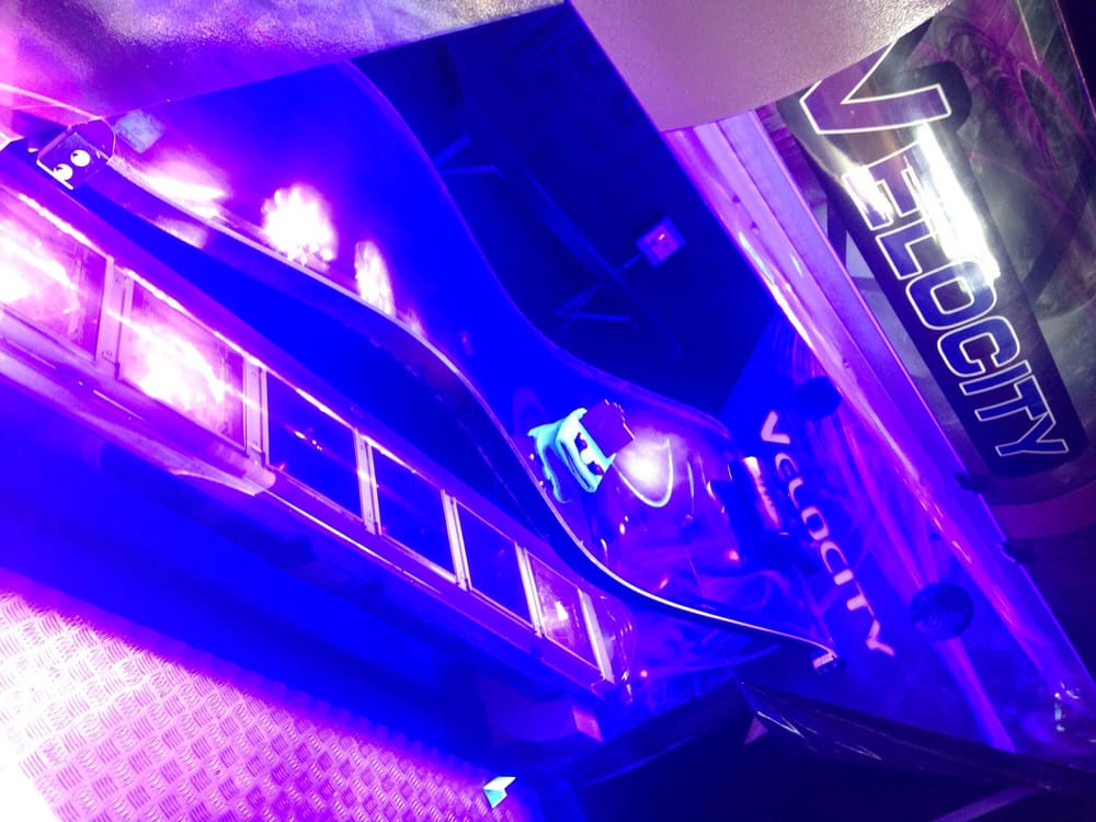 soleil tanning salon ferm lit de bronzage 2304 18th. Black Bedroom Furniture Sets. Home Design Ideas