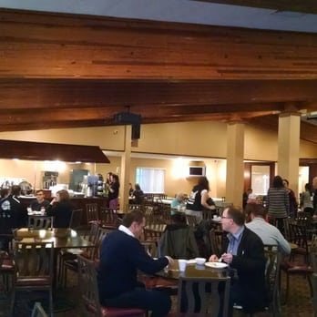 Photo Of Hamilton Inn Select Beachfront Mackinaw City Mi United States The