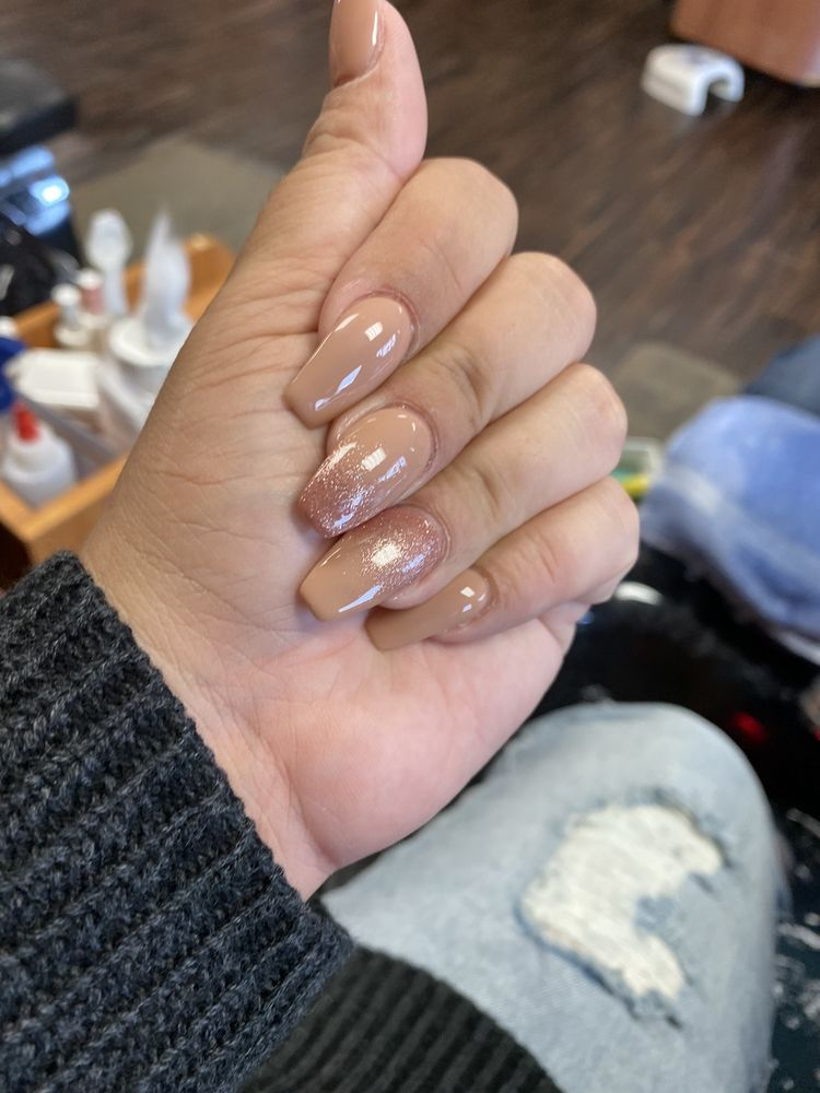 Glitzy Nails: 2508 Hazelwood Dr, Crescent Springs, KY