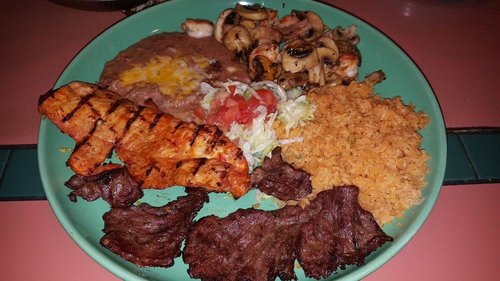 Food from Los Dos Amigos Hacienda