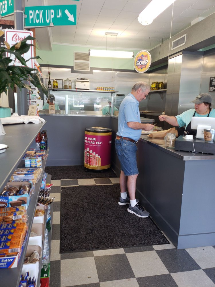 Berlews Hoagies: 515 Main St, Moosic, PA