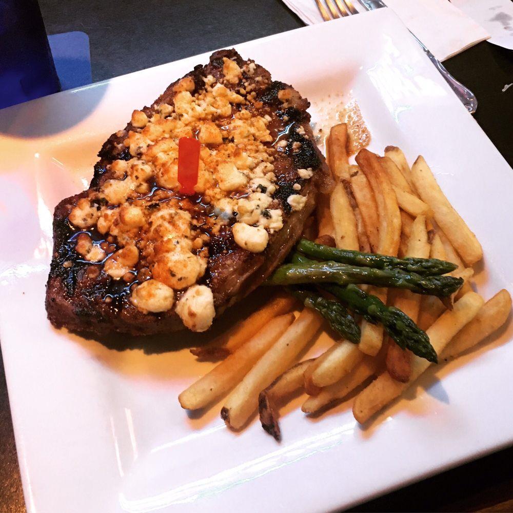 Sundance Dining: 1060 Hwy 32 S, Thief River Falls, MN