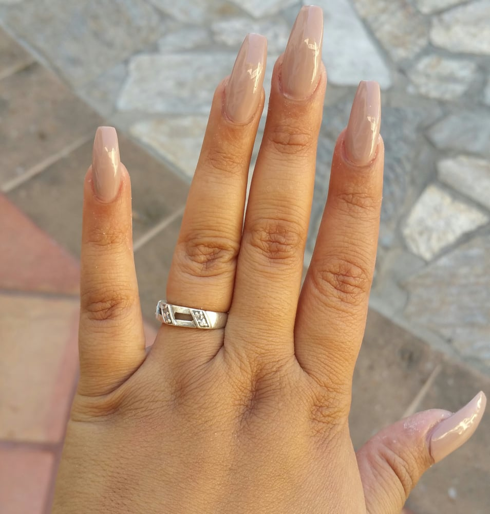 Florence Nails And Spa