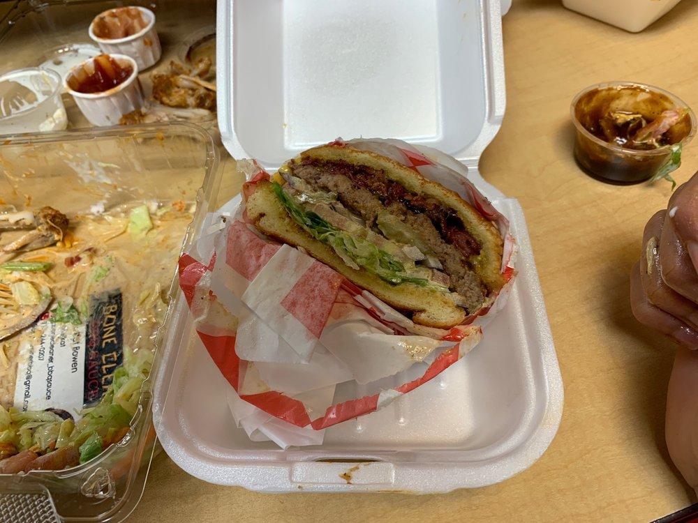 Five Star Burger: 1015 Redwood St, Vallejo, CA