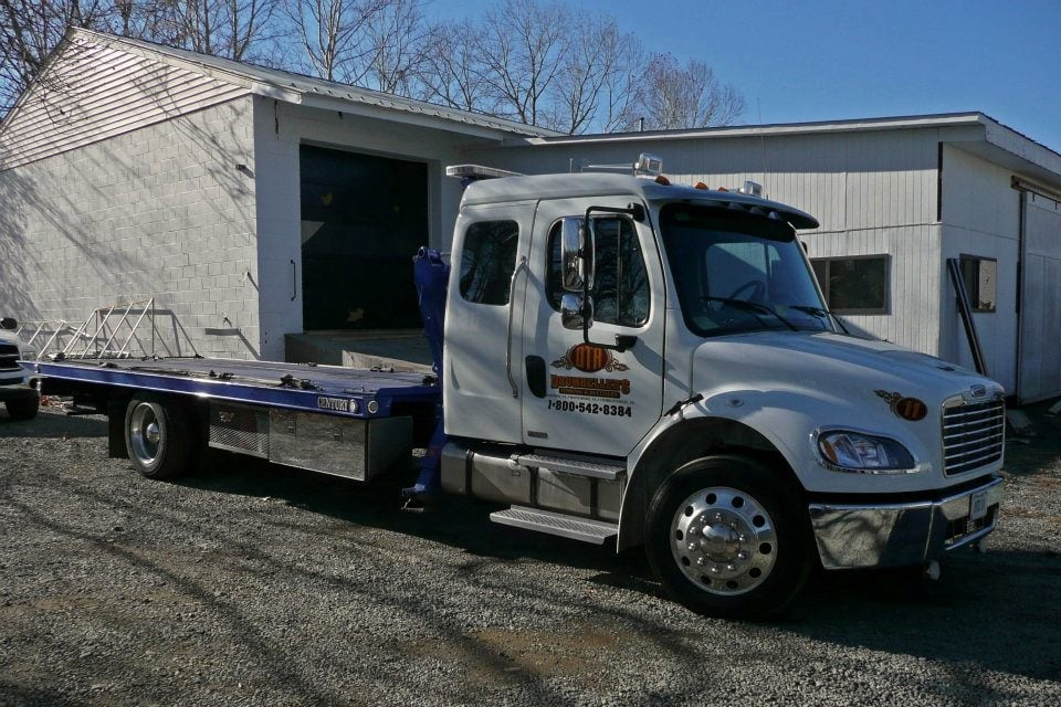 Towing business in Waynesboro, VA