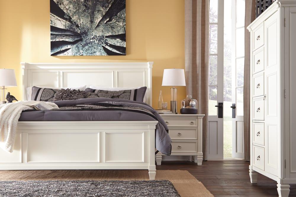 ashley homestore 71 photos 13 reviews furniture stores 5710 bull run dr columbia mo. Black Bedroom Furniture Sets. Home Design Ideas