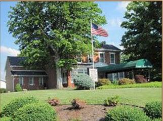 Campbell Plumly Milburn Funeral Home: 319 N Chestnut St, Barnesville, OH