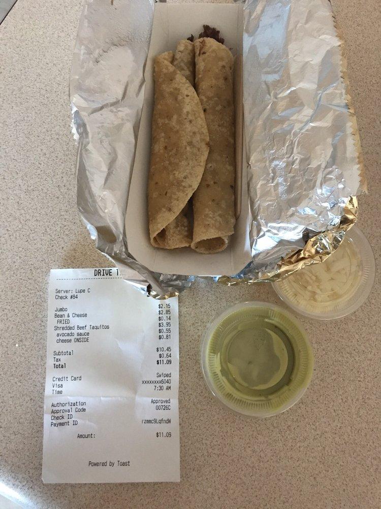 Johnny's Burritos: 105 S Imperial Ave, Imperial, CA