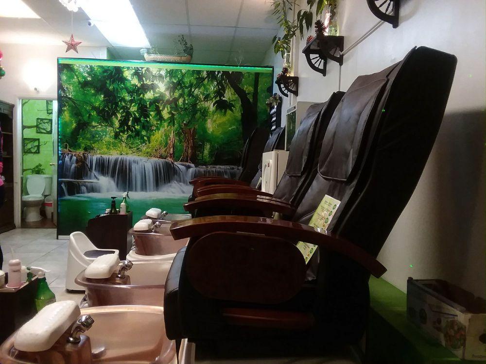 Clean Tranquil Salon Nice Decor Very Pleasant Staff Yelp