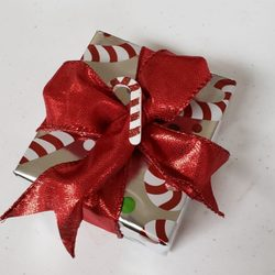 Lulu's Gift Wrapping & More