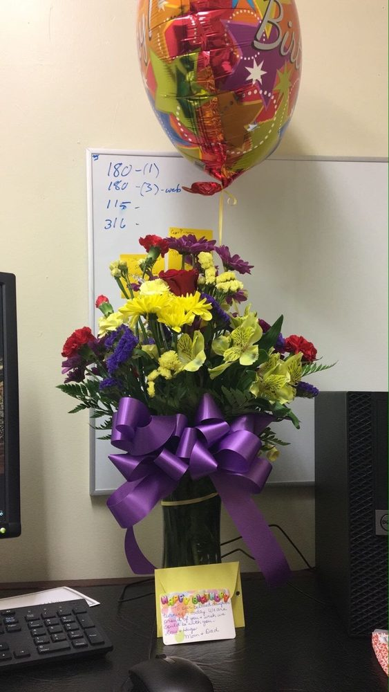 Atkinson Florist: 144 Flemingsburg Rd, Morehead, KY