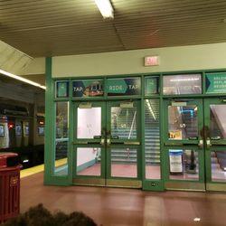 Septa 15th St Station Train Stations 1387 1449 S Penn Sq Penn