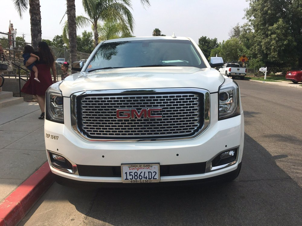 A Touch of Class Transportation: 1470 N Blackstone Ave, Fresno, CA