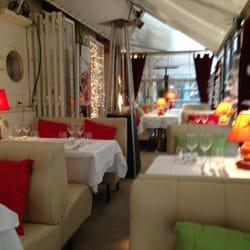 Restaurant Le Mérou Bleu - Marseille, France. The exterior area is great on winter