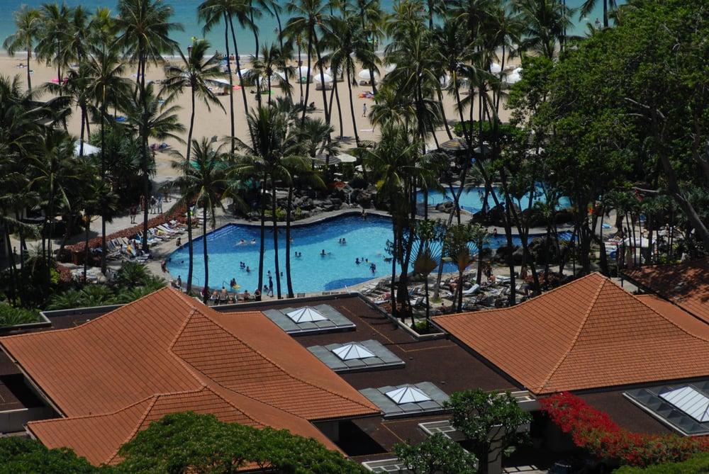 Hilton Hawaiian Village Waikiki Beach Photo Gallery: Super Pool