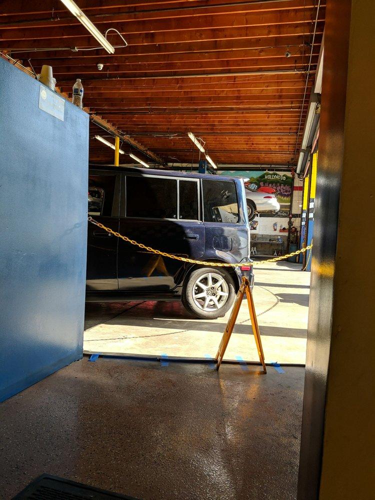 Mr. Kool's Automotive