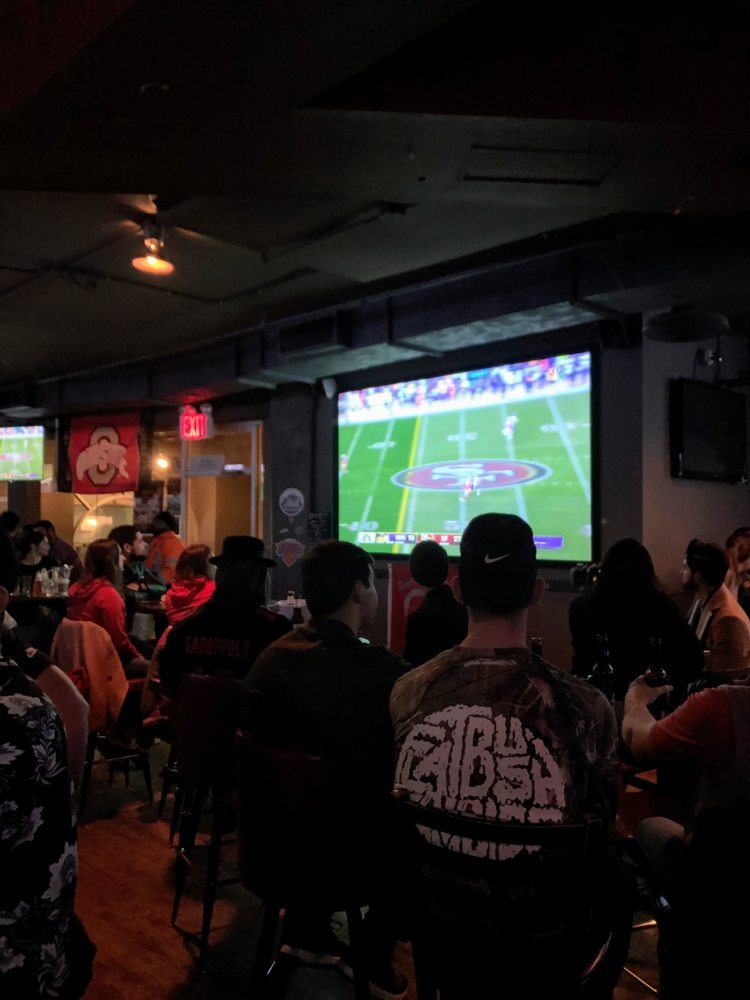 4th Down Sports Bar: 750 Grand St, Brooklyn, NY