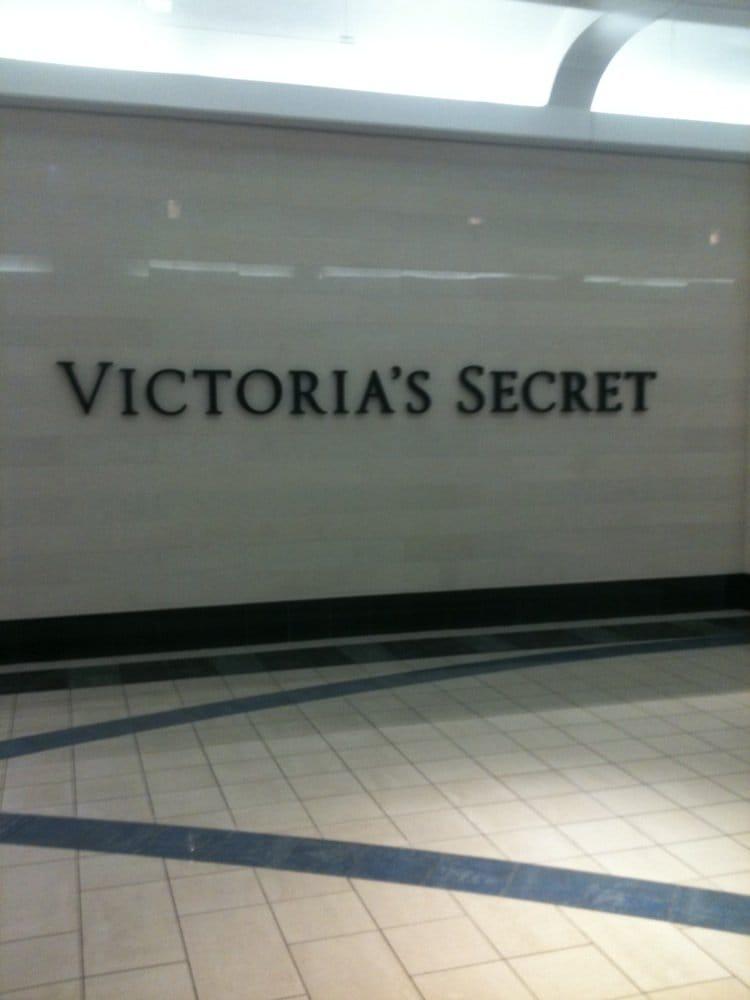 Victoria's Secret: 4700 Wilson Ave SW, Grandville, MI