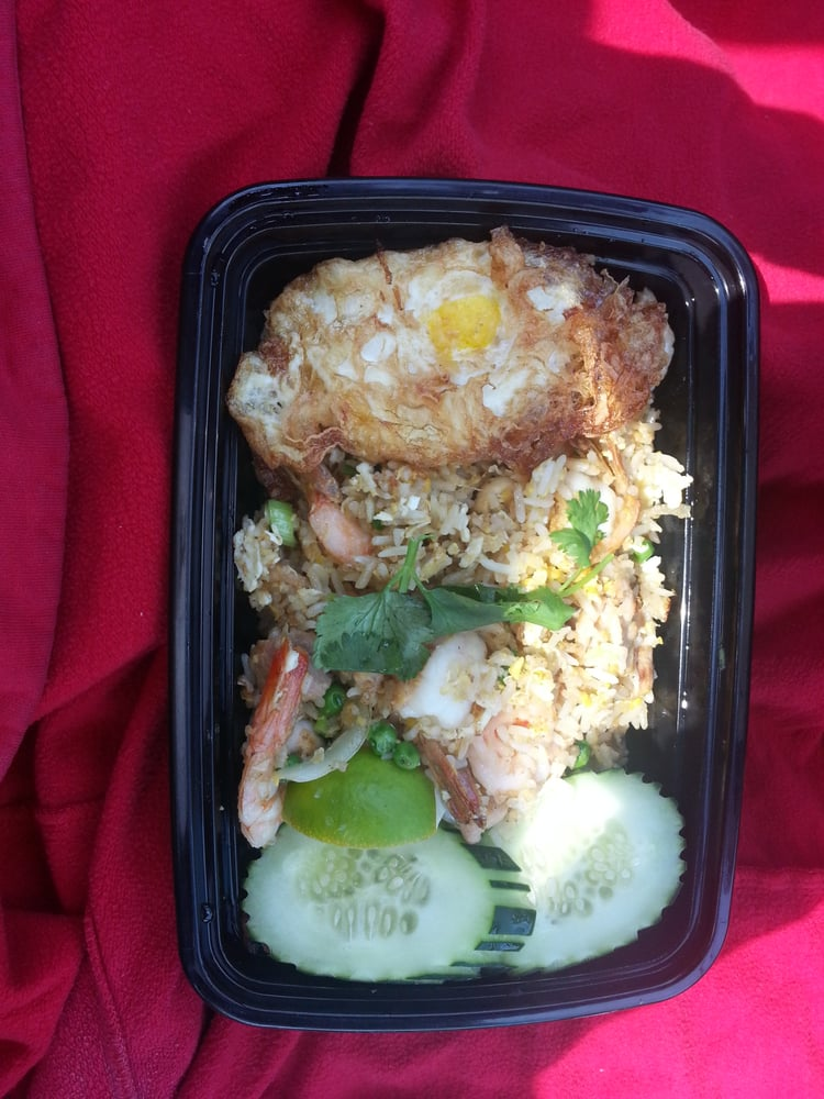 Shrimp fried rice with chicken yelp for Ayara thai cuisine los angeles