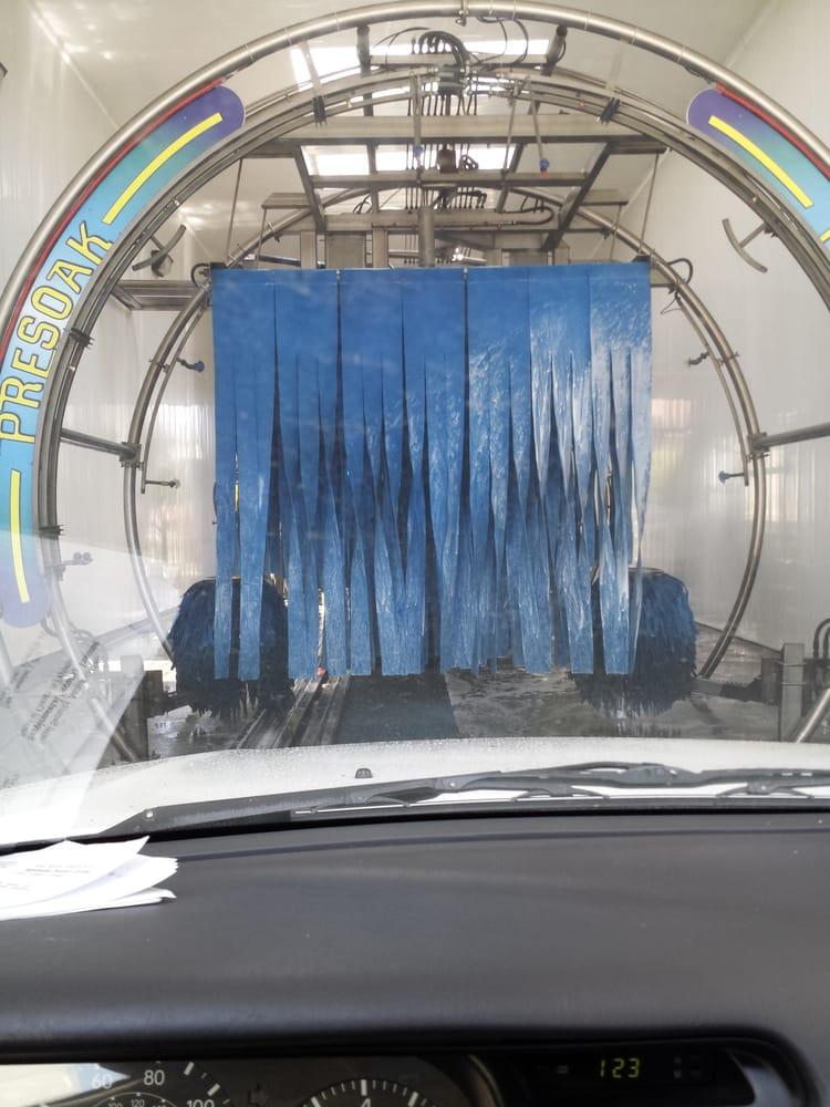 College Plaza Express Car Wash