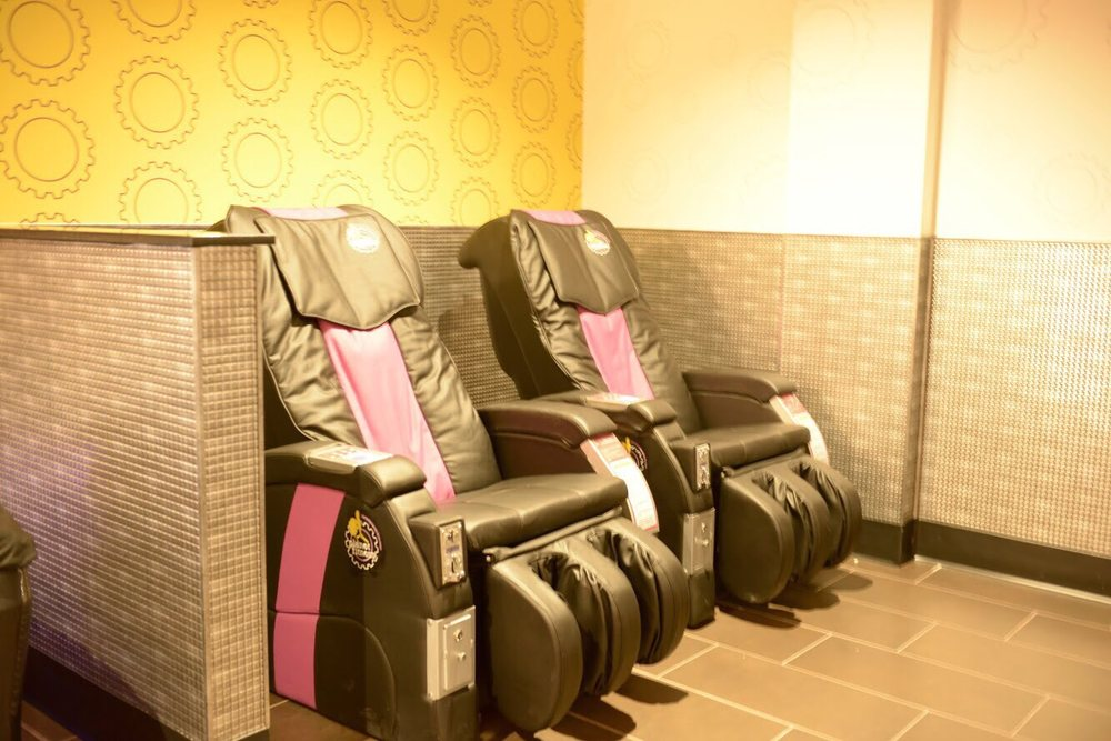 Planet Fitness - Ontario - 45 Photos & 61 Reviews - Gyms - 2446 S Vineyard  Ave, Ontario, CA - Phone Number - Yelp