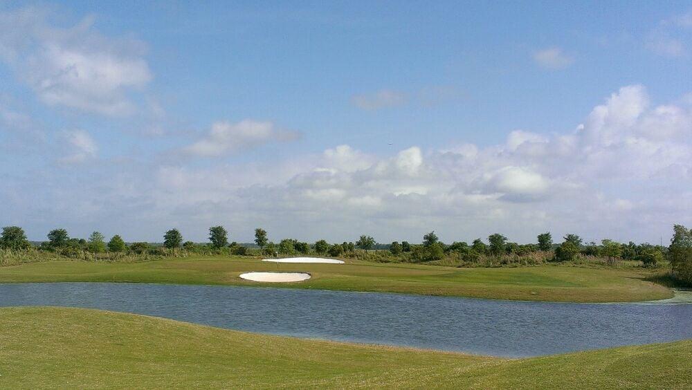 La Tour Golf: 300 La Tour Blvd, Mathews, LA