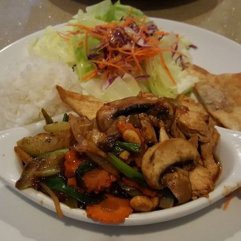 Angel thai cuisine order food online 299 photos 424 for Angel thai cuisine glendale