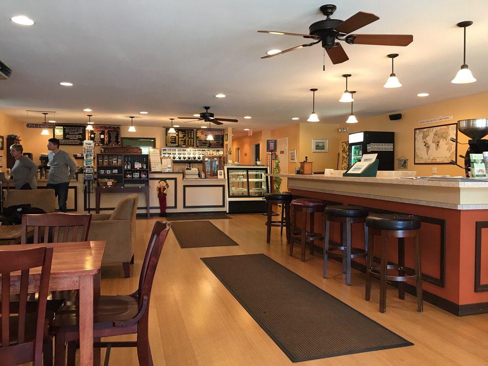 Lakeside Coffee: 109 Lake St, Rouses Point, NY